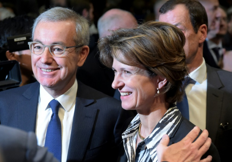 (Arquivo) O presidente da gigante de energia Engie, Jean-Pierre Clamadieu, e a diretora geral, Isabelle Kocher, no Ministério da Economia da França, em Paris