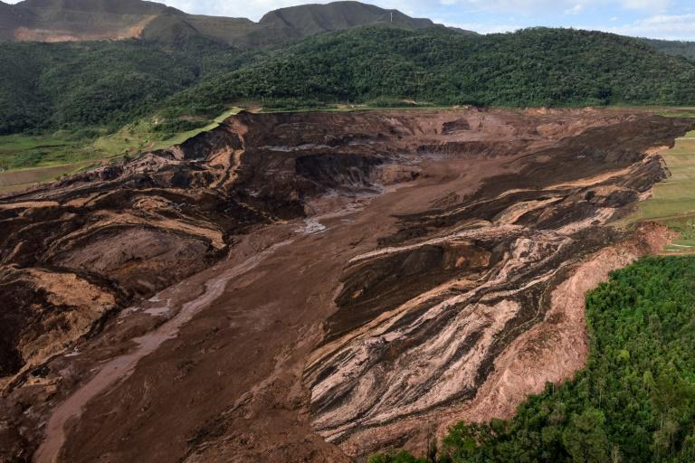 (Jan/2019) Vista aérea do local da tragédia em Brumadinho