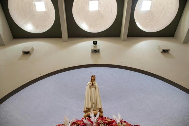 Imagem da Virgem de Fátima na Catedral de Manágua, em 25 de janeiro, trazida de Portugal