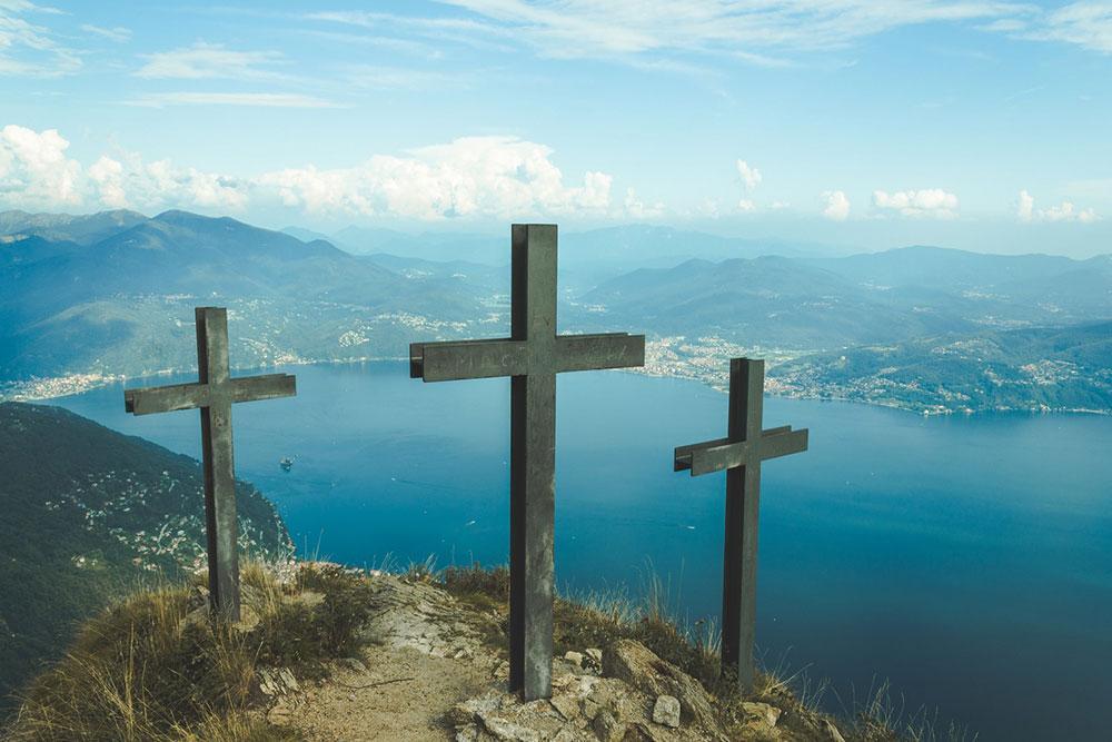 Carregar a cruz não é procurar