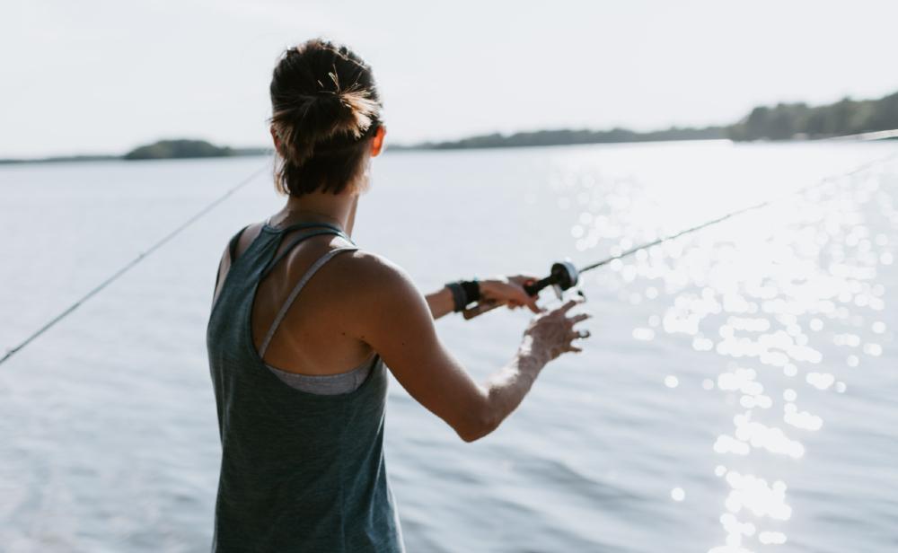 De certa forma, um pescador é um embaixador dos peixes, mas seu toque não é gentil