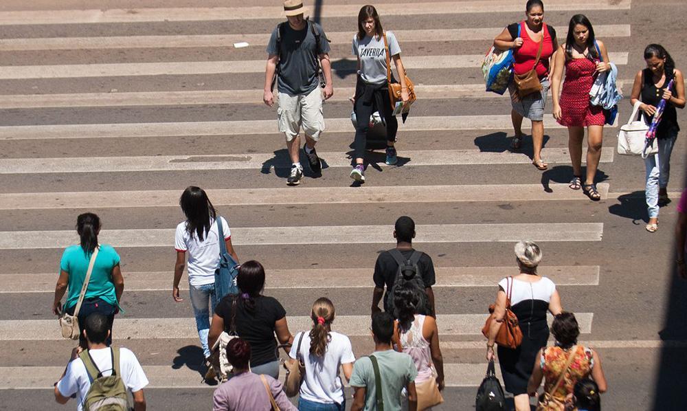 'A mobilidade a pé nem é vista como mobilidade pela maioria das pessoas', diz urbanista