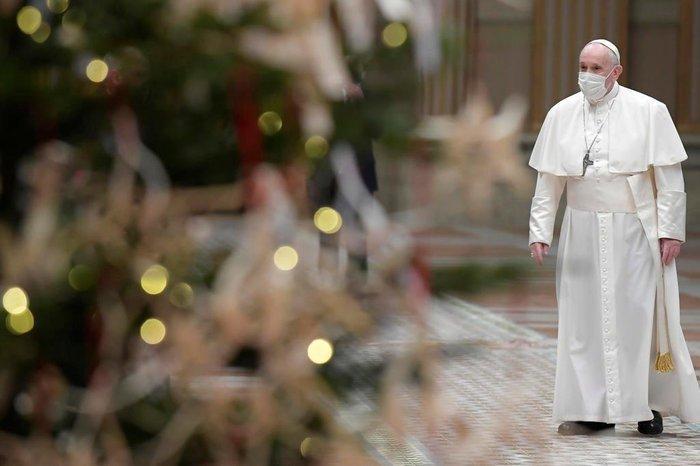 Com programa de vacinação pronta, Vaticano lança apelo aos católicos do mundo para que não deixem de tomar a vacina
