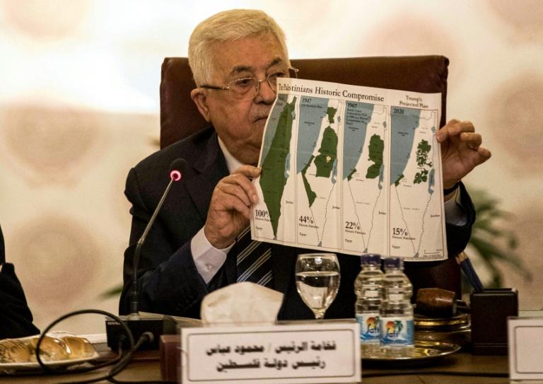 O presidente palestino, Mahmud Abbas, no Cairo durante a reunião extraordinária da Liga Árabe