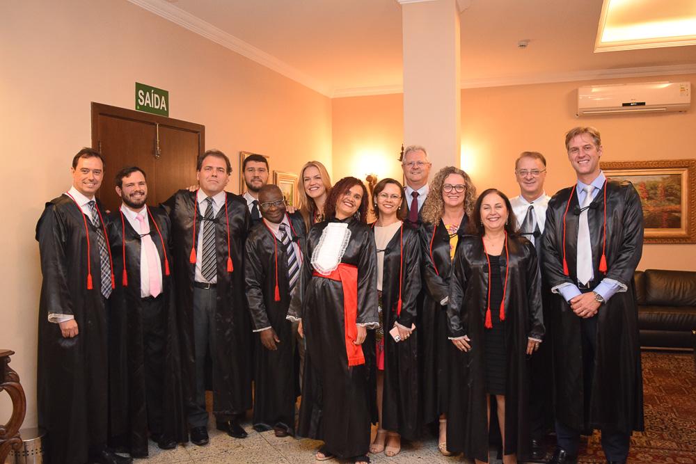 Integrantes da Coordenação e corpo Docente da Dom Helder participam da coleção de grau
