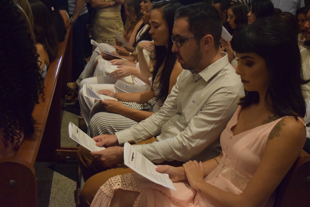 Formandos agradecem conclusão de curso em missa solene na Igreja São José