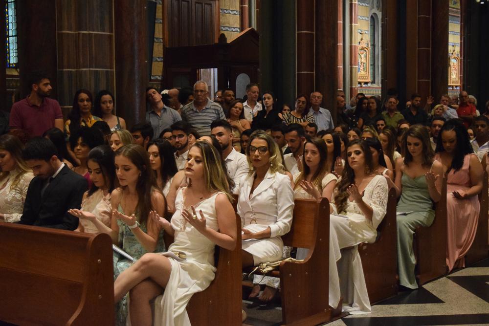 Formandos durante missa solene na Igreja São José