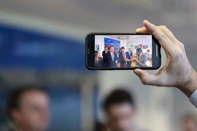 Bolsonaro segue se destacando mundialmente nas redes sociais
