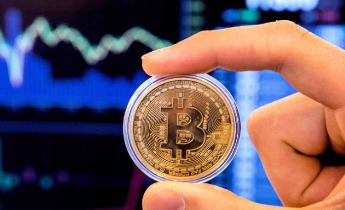 Desde o lançamento do bitcoin, há mais de 10 anos, governos e órgãos reguladores de todo o mundo enfrentam a falta de transparência no mercado de criptomoedas