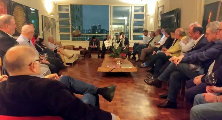 Movimento político anti-Bolsonaro conta com dezenas de parlamentares