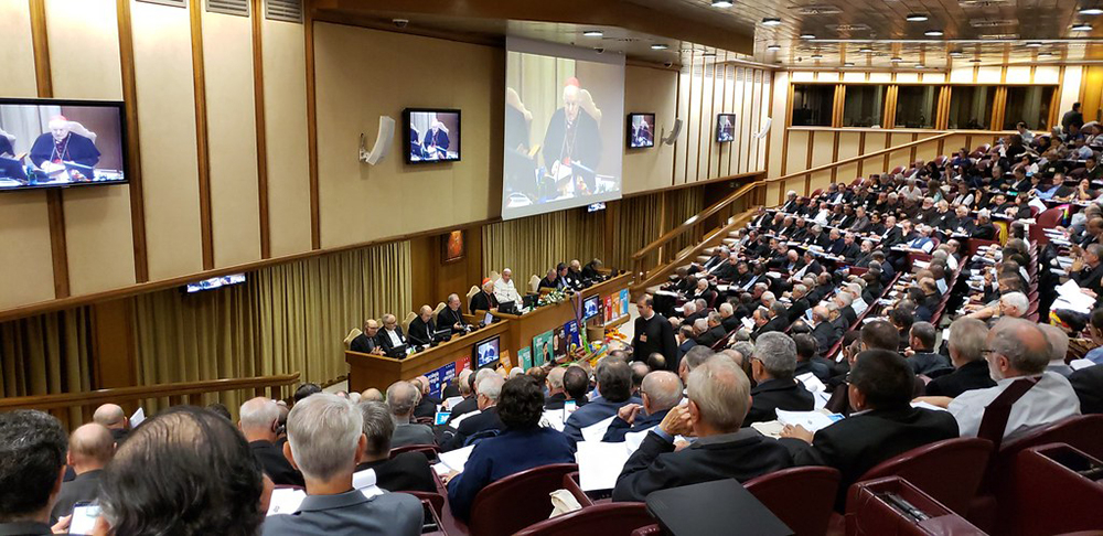 Presença feminina na assembleia do sínodo foi mínima