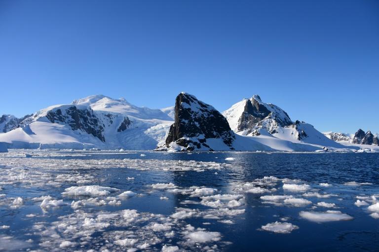 A Antártica registrou neste mês temperaturas superiores aos 20º C, algo