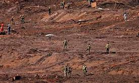 Bombeiros seguem em busca dos corpos de 10 desaparecidos; total de mortos chega a 260 (Reuters)