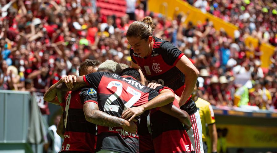 Flamengo não teve dificuldade para bater o Furacão
