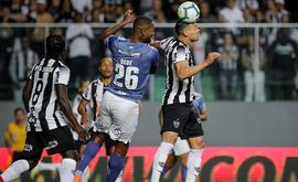 Risco de trauma na cabeça  provoca mudanças no futebol nacional (Bruno Cantini / Atlético)