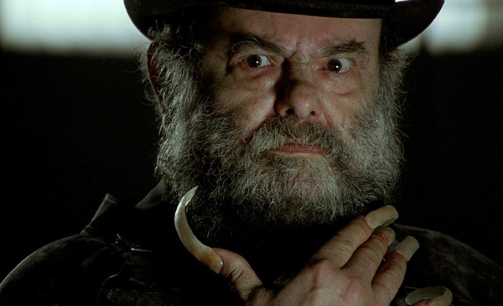 Zé do Caixão em imagem do terceiro filme da trilogia: 'A encarnação do demônio'