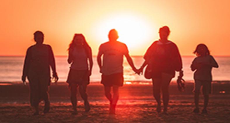 A Igreja institucional precisa aprender com o doméstico familiar (Unsplash/ Kevin Delvecchio)