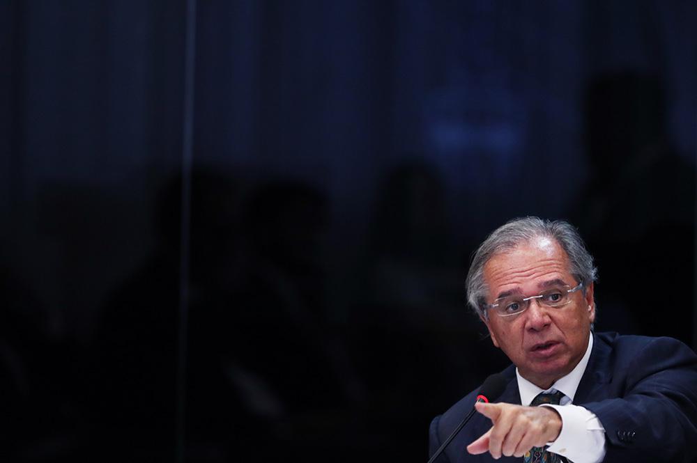 Paulo Guedes, no dia 12 de fevereiro, critica acensão social do pobre: