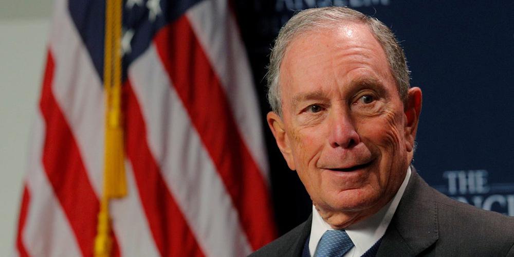 Michael Bloomberg é dezessete vezes mais rico do que Trump, sendo um homem de negócios muito bem-sucedido, que nunca faliu e não tem telhados de vidro
