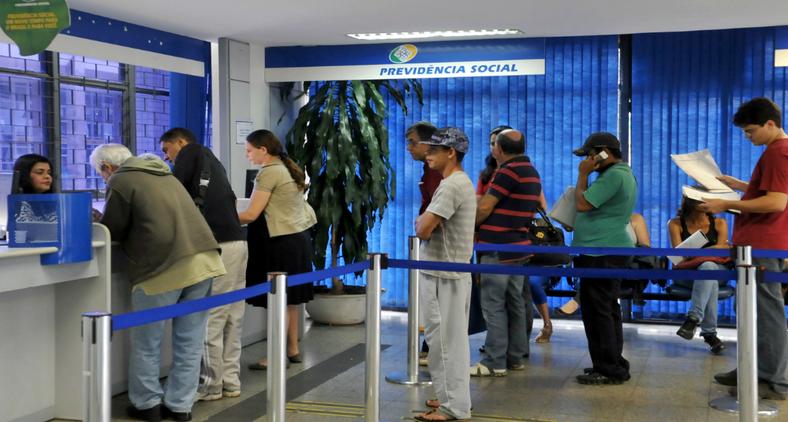 A obrigação de se adequar a nova regra da Previdência não é do empregador, mas sim do empregado (Antonio Cruz/ Agência Brasil)