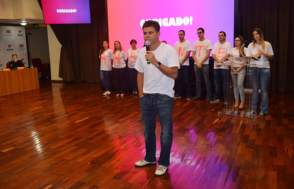 Professor Luiz Gustavo Gonçalves Ribeiro, líder do grupo