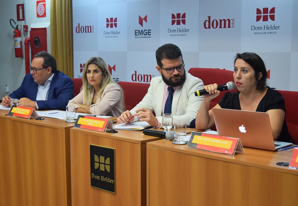 """Apresentação do grupo """"Responsabilidade civil por danos ao meio ambiente no Brasil"""""""