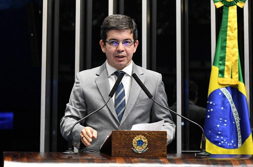 O líder da oposição no Senado, Randolfe Rodrigues (Rede-AP)