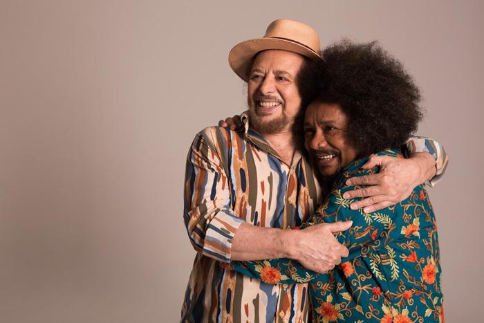 Geraldo Azevedo e Chico César se unem para um show que pretende exaltar a figura do 'cantautor', que compõe e interpreta as próprias músicas