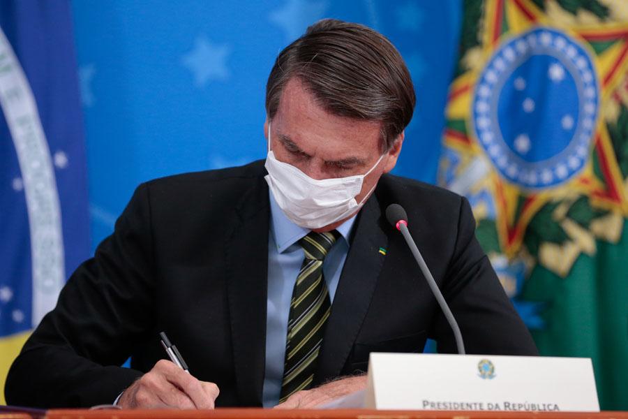 Bolsonaro fez dois testes e disse que pode fazer o terceiro