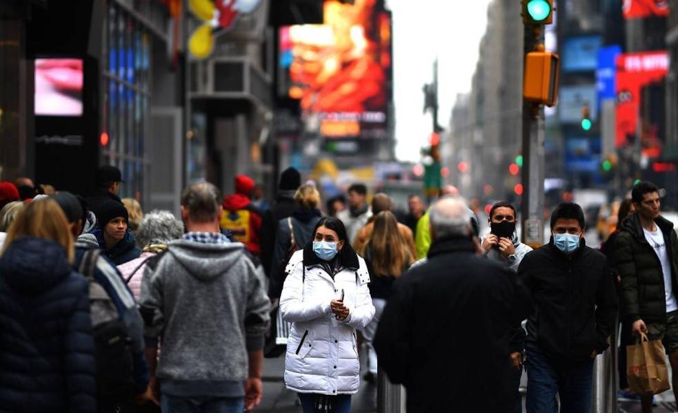 Governador de Nova York pede que governo federal envie ao estado  respiradores que estão em estoque