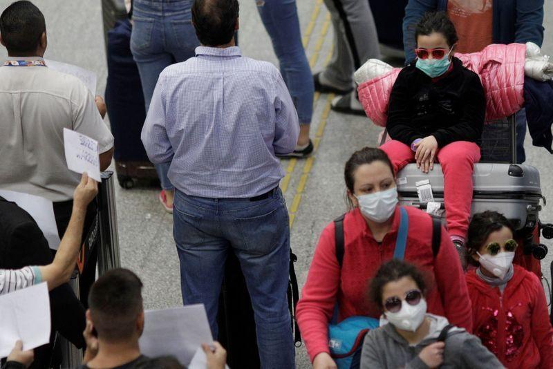 Número de mortos e de infectados cresce no Brasil