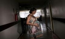 Cientistas chineses relataram que é possível que gestantes com o novo coronavírus infectem seus bebês (Ueslei Marcelino/ Reuters)