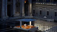 Papa Francisco dá a bênção Urbi et Orbi com a Praça de São Pedro vazia no Vaticano (Yara Nardi/ Pool/ AFP)