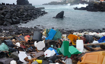 Relação com oceanos foi tema de um painel (Marcus Eriksen/ Algalita Marine Research Foundation)