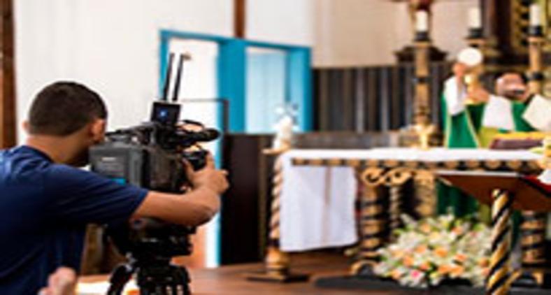Determinação de celebrações na ambiência virtual legitima a virtualização da religiosidade litúrgica (TV Pai Eterno)