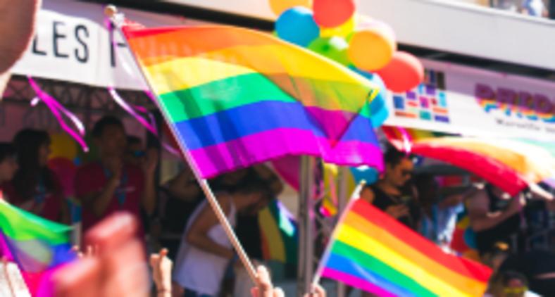 'Faze de mim um arco-íris que acolha todas as cores em que se fragmenta a Tua luz!' (Tristan Billet / Unsplash)