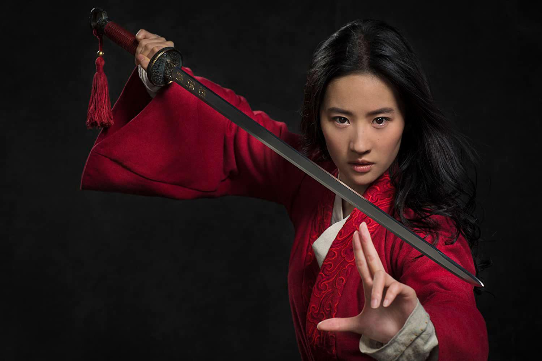 Yifei Liu em Mulan (2020)