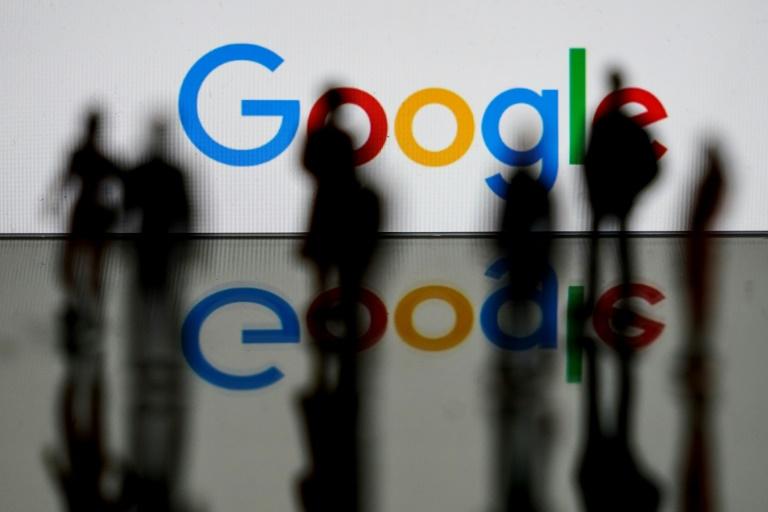Nesta foto de arquivo tirada em 14 de fevereiro de 2020, o logotipo do Google, empresa multinacional de tecnologia e serviços da Internet, é mostrado em Bruxelas