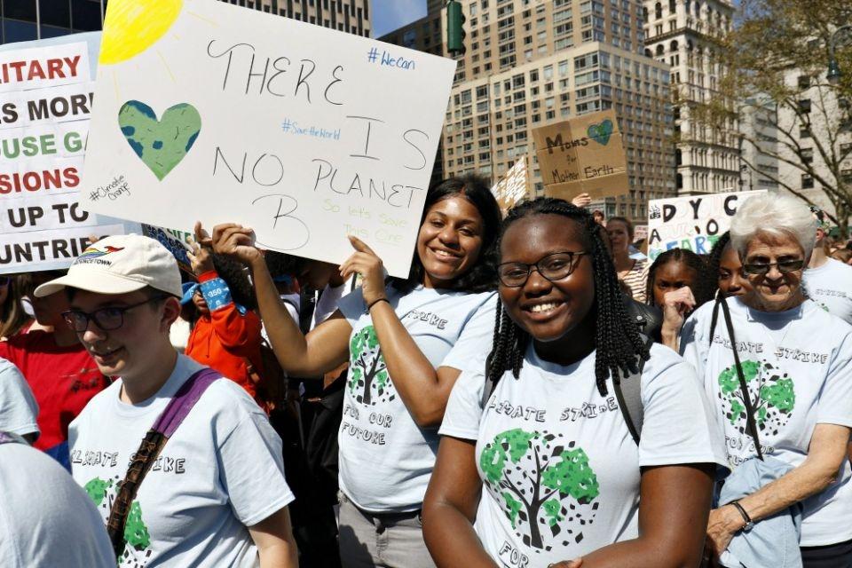 Estudantes da St. Joseph High School, no Brooklyn, Nova York, participam do Greve Global do Clima na cidade de Nova York, em 20 de setembro de 2019