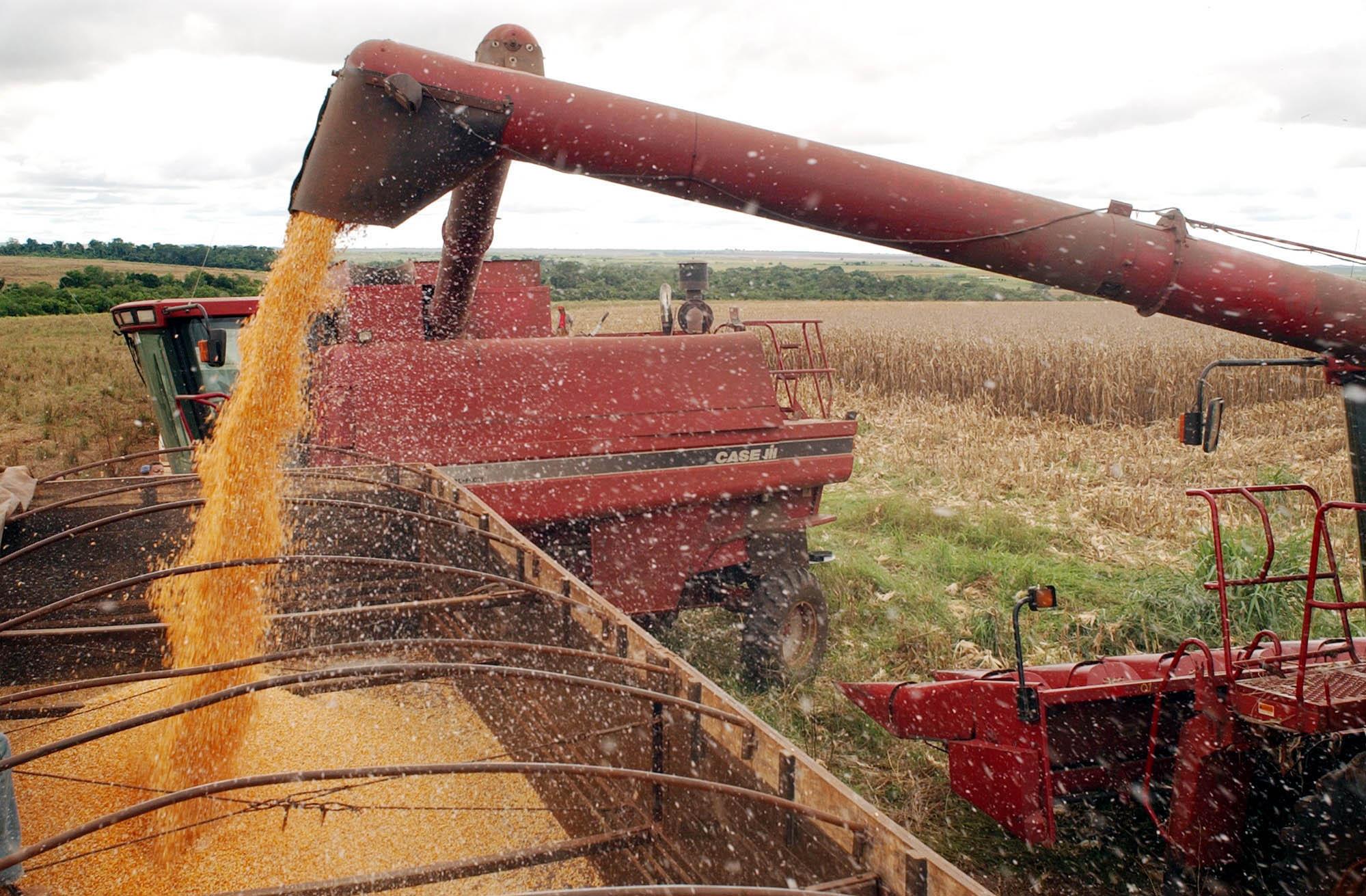 Confederação da Agricultura e Pecuária do Brasil (CNA) representa os produtores rurais