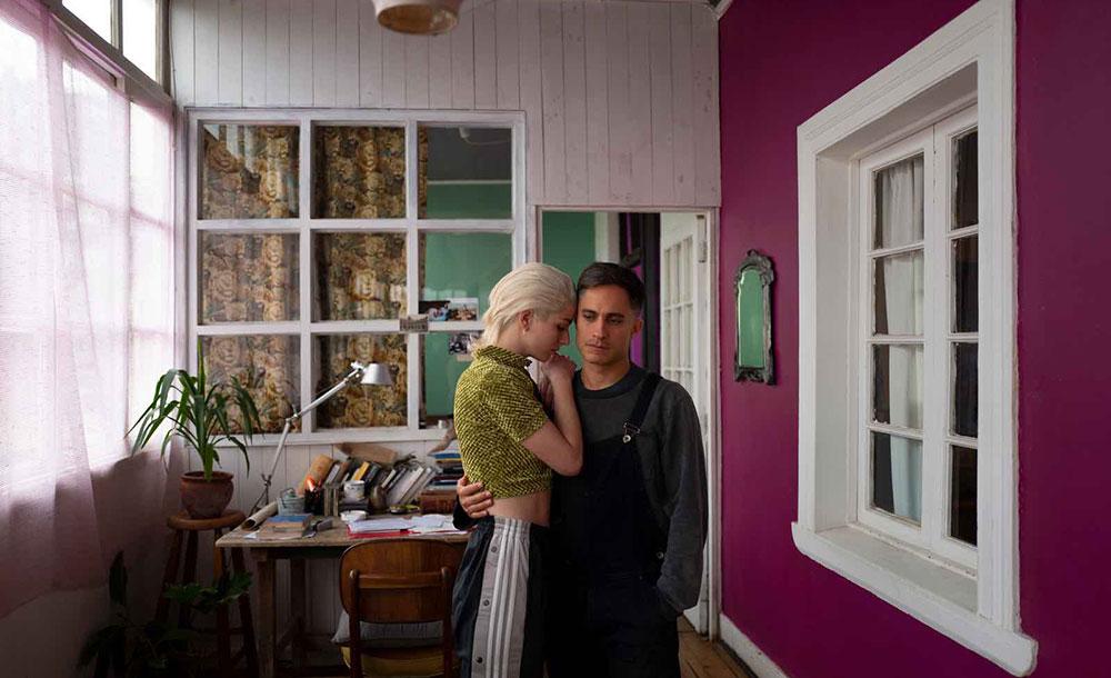 Mariana Di Girolamo e Gael García Bernal vivem um coreógrafo e uma bailarina em crise