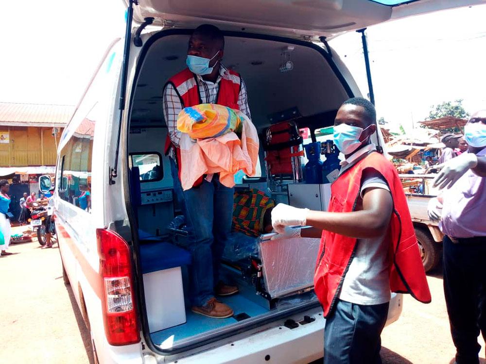 Cruz Vermelha de Uganda na operação de resposta ao Covid-19