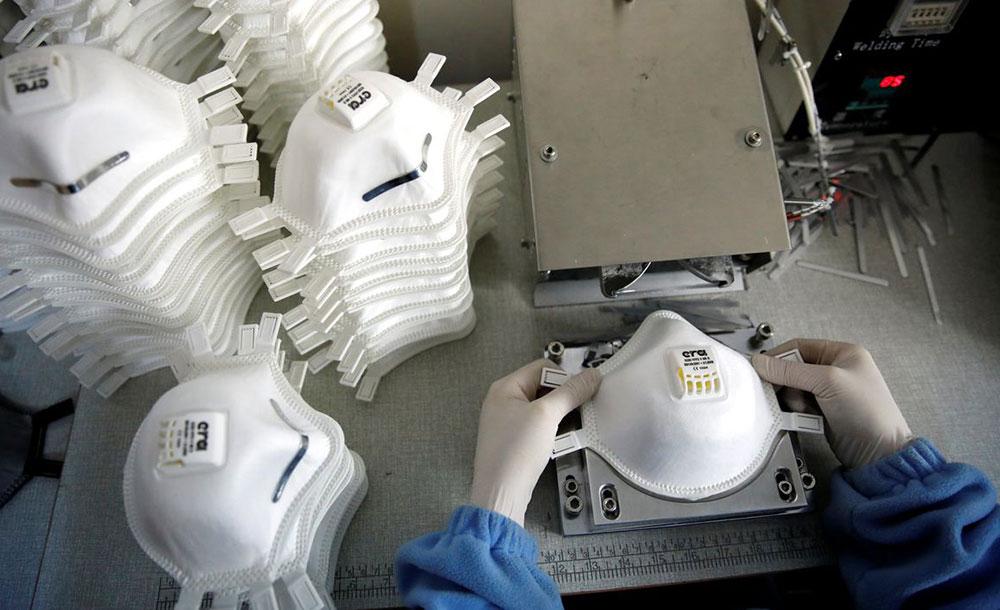 A produção e a importação de máscaras estão comprometidas pela demanda mundial