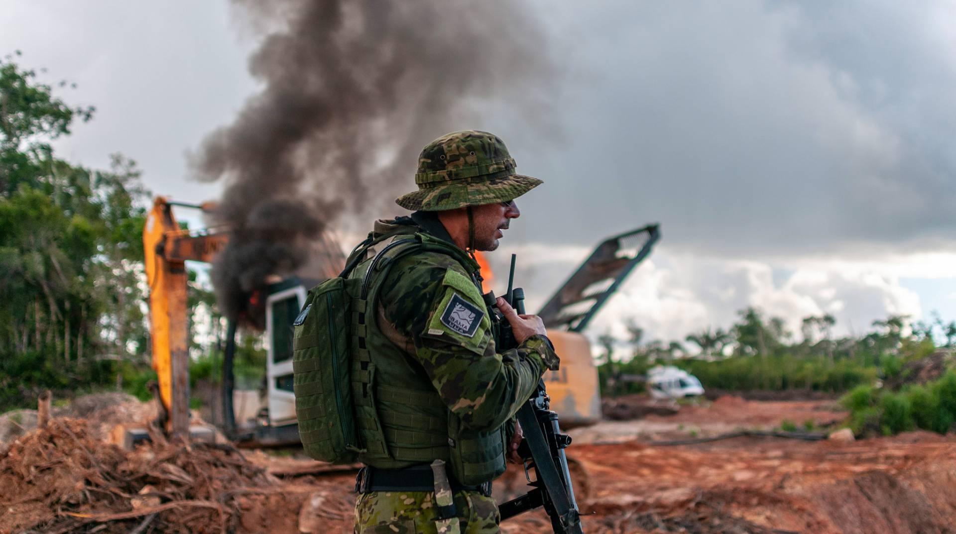 Forças Armadas no combate ao desmatamento ilegal na Amazônia