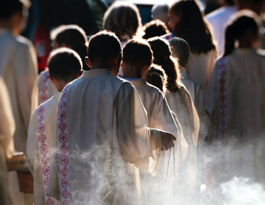 'Os crimes de abuso sexual ofendem Nosso Senhor, causam danos físicos, psicológicos e espirituais às vítimas e lesam a comunidade de fiéis', diz a introdução do documento