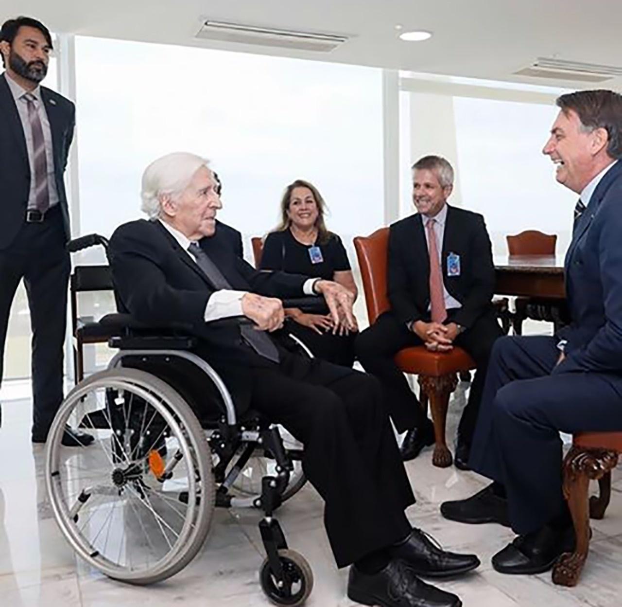 Curió foi recebido por Bolsonaro no Palácio do Planalto no último dia 4