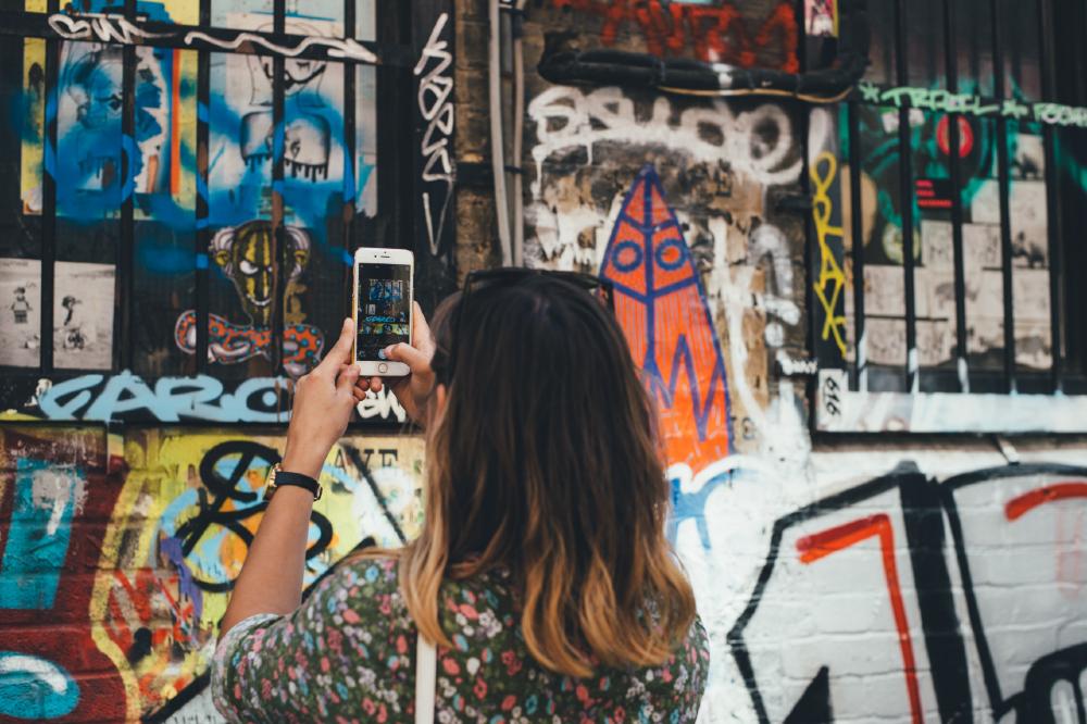 Aos poucos, o preconceito que existia contra fotos pelo celular deixa de existir, até mesmo em função do aprimoramento das câmeras dos smartphones