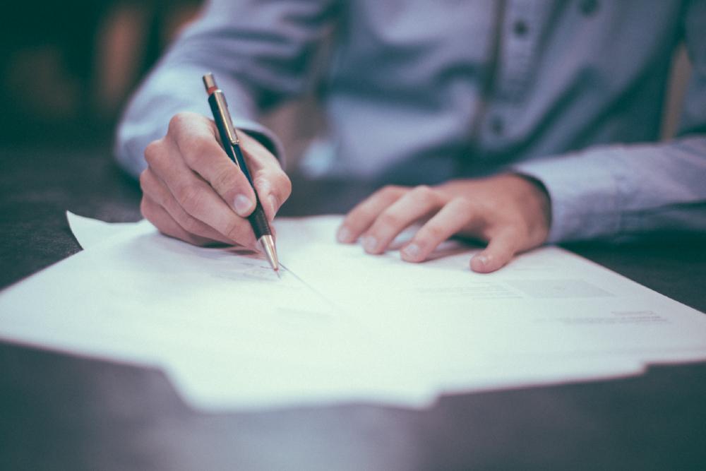 Na decisão, a magistrada observou que o processo trabalhista envolvendo a devedora já se arrasta há mais de oito anos, sem perspectiva de satisfação do crédito alimentar