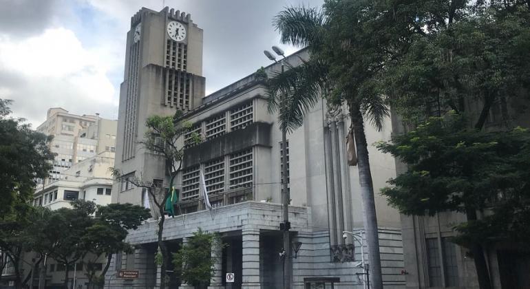 Após dois meses, Belo Horizonte vai voltar a abrir o comércio