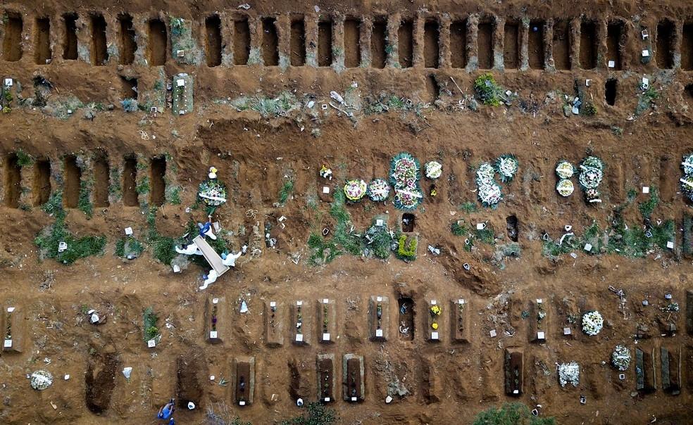 Número de mortes não para de subir no Brasil